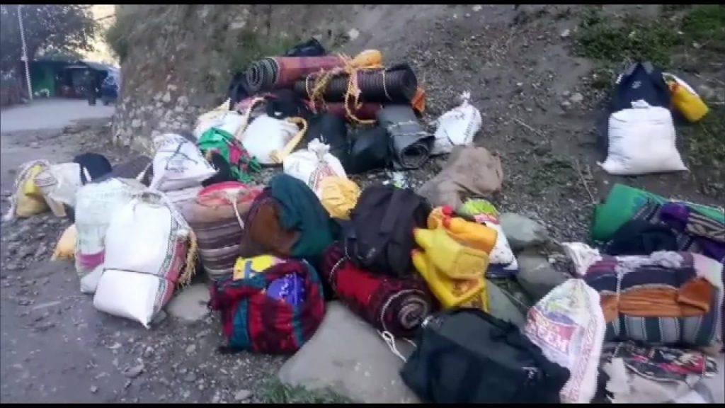 尼泊爾移工的家當(Twitter/@Awhadspeaks)
